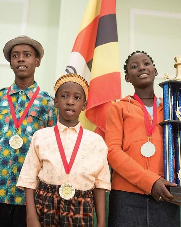 Queen of Katwe Madina Nalwanga and David Oyelowo meet the real stars of Katwe! View pics