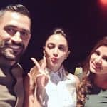 Kiara Advani has a fan moment with MS Dhoni and his wife Sakshi - view pic!