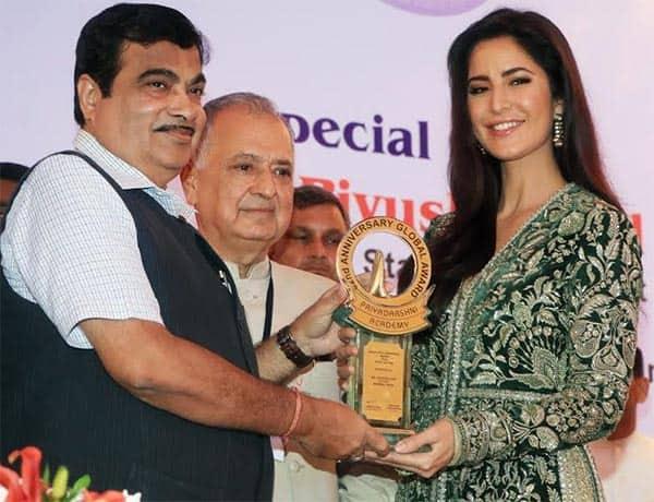 Katrina Kaif receives The Smita Patil Award looking ravishing in a green desi outfit – view pic!