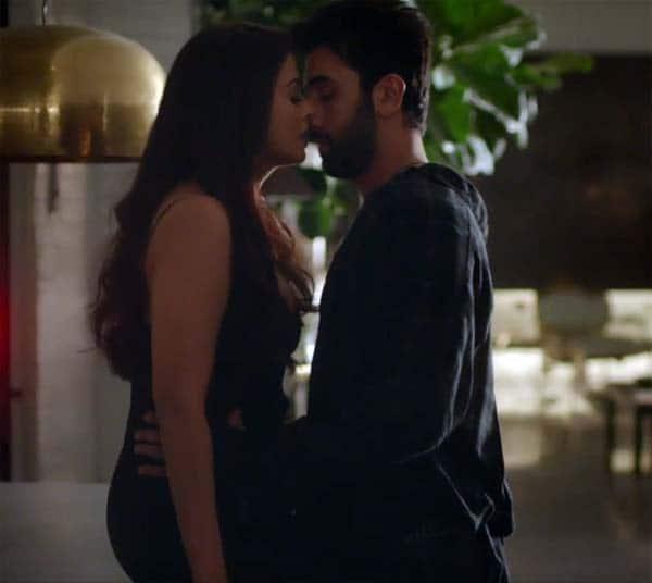 Ranbir-Aishwarya Rai-hot (3)