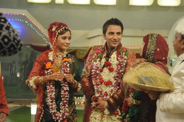Sara-Khan-Husband-Name-Ali-Merchant-Married-Pictures-Wedding-3