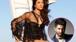 After Shahid Kapoor, Sushmita Sen slapped with a BMC notice for breeding dengue mosquitoes!
