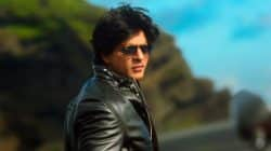 Shah Rukh Khan shared his picture coz he was plain bored but looked SMOKIN' HOT!