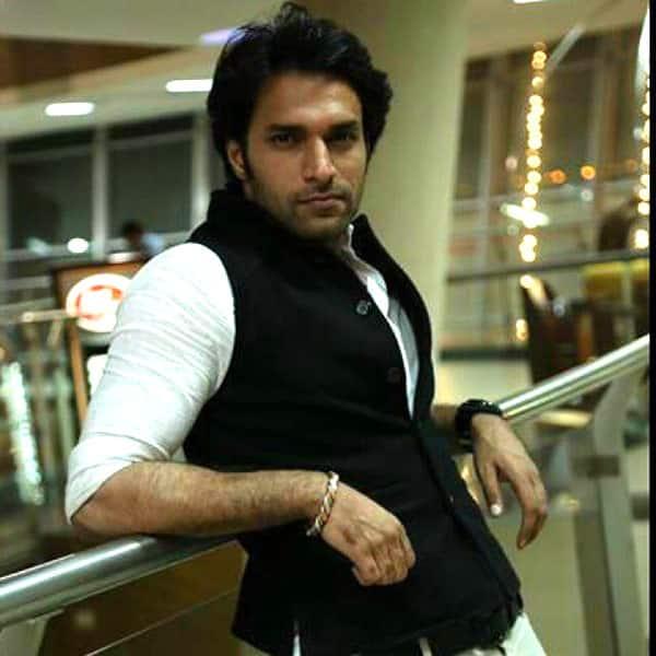 Actor shaleen malhotra marriage