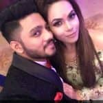 Rapper Raftaar gets engaged to girlfriend Komal Vohra - view pic