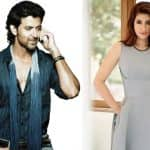 Hrithik Roshan demands 'neighbour' Twinkle Khanna's new book and here is how she is gonna send it to him