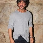 Raees trailer screening: Shah Rukh Khan forgets to smile but still makes our hearts skip a beat - view HQ pics