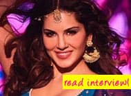 Sunny Leone felt embarrassed after meeting Shah Rukh Khan