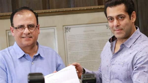 Salman Khan visits BMC to support their cleanliness drive – view pics