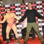 Akshay Kumar recreates Dara Singh's pose and nails it- view HQ pics