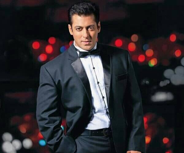 Salman Khan birthday: Rohan Mehra, Maniesh Paul, Bharti Singh, Sophie Choudry wish the superstar