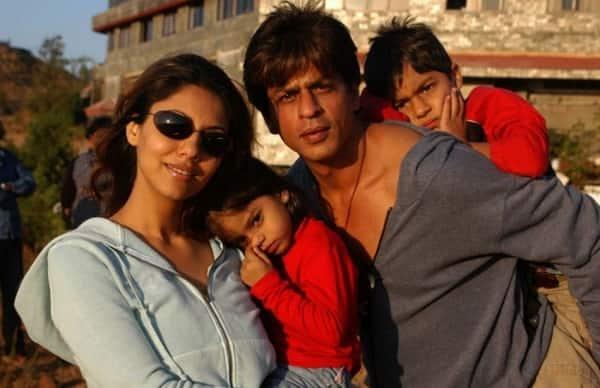 shah-rukh-khan-wife-gauri-daughter-suhana-son-aryan