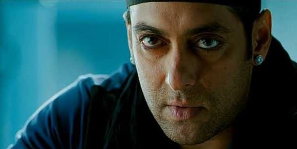 Salman Khan wearing kohl eyes