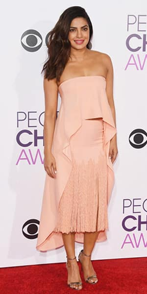Priyanka Chopra wins People's Choice Awards 2017 - highlights