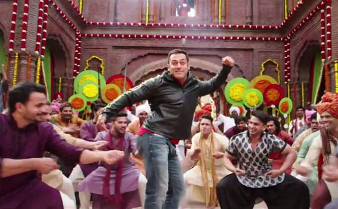 Salman Khan's dance rehearsal for Filmfare Awards 2017 is high on style – watch video