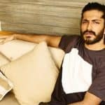 Harshvardhan Kapoor finds himself stalked by an obsessive female fan