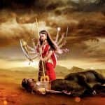 Naagin 2 05 February 2017 Written Update of Full Episode: Shivangi kills Mahesh in her Maa Durga avatar
