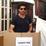 Shah Rukh Khan knows it's better late than never; steps out to cast his vote in the BMC Elections 2017 - view pic