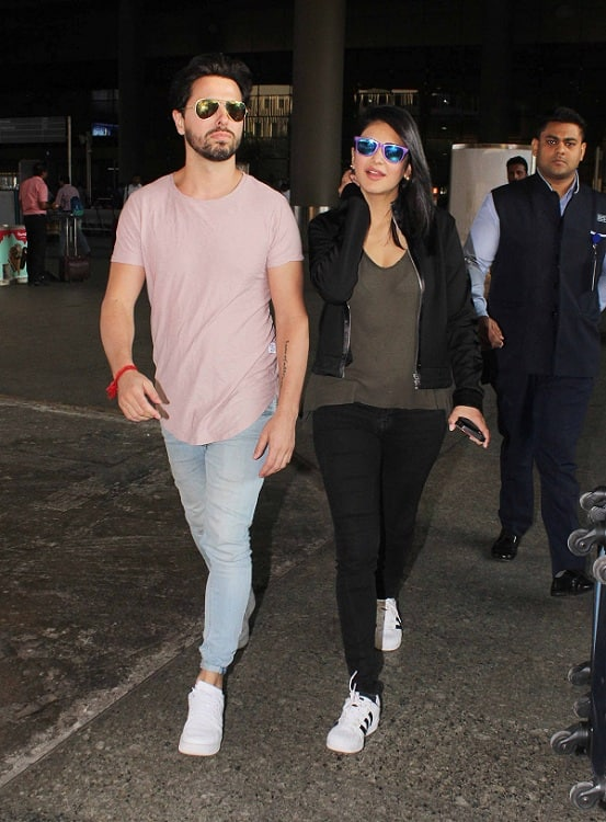 Shruti Haasan is back from her romatic getaway with boyfriend Michael Corsale- view pics