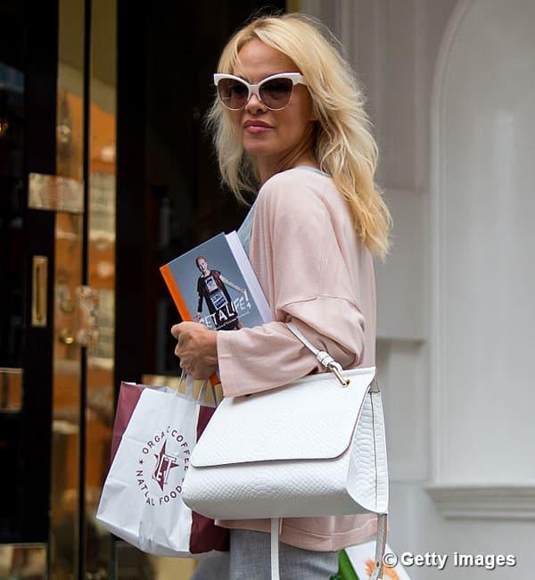 Pamela-Anderson-Oct-18