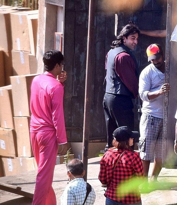 Ranbir Kapoor on Dutt sets  (3)