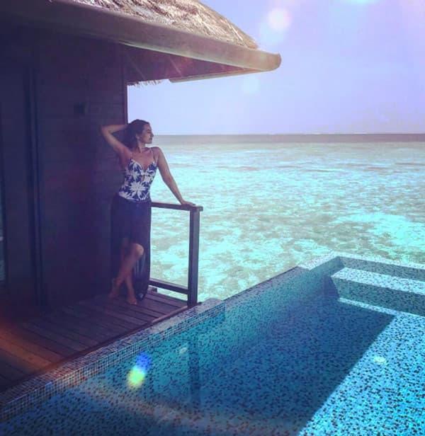 Waterbaby Sonakshi Sinha has the perfect getaway to kickstart summer – view pics