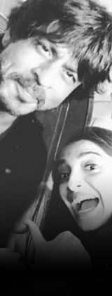 What happened when SRK and Sonam bumped into each other on the same flight? View pic