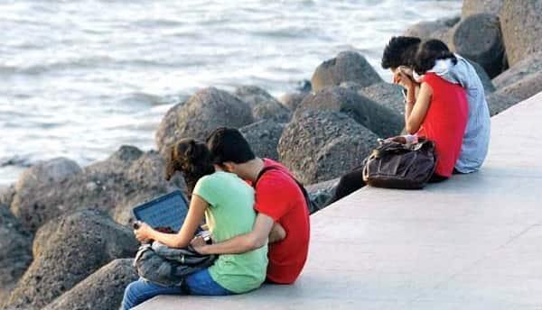 couple-mid-day_650x400_51448434545