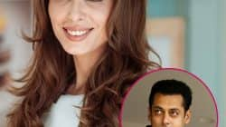 Salman Khan's rumoured girlfriend Iulia Vantur to sing a heart-wrenching number for Tubelight?