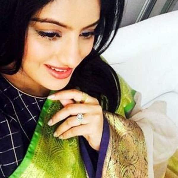 Diya Aur Baati Hum actress Deepika Singh flaunts her baby bump