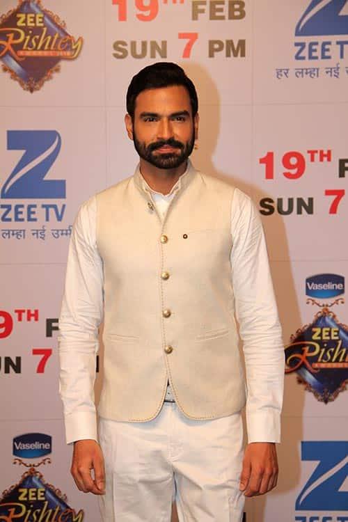 Sameer-Arora-aka-Kabir-from-Bin-Kuch-Kahe-at-Zee-TV's-Zee-Rishtey-Awards..