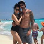 Sunny Leone oozes summer sex appeal as she beats the heat with hubby Daniel Weber