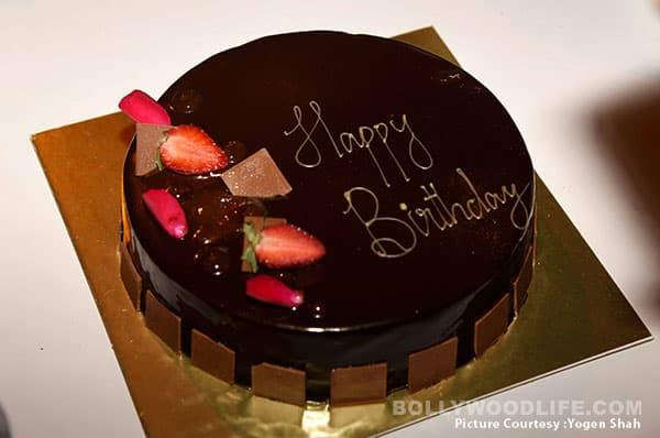 Cake Images Karan : Shah Rukh Khan, Sidharth Malhotra, Karan Johar attend Alia ...