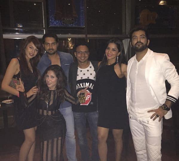 Bigg Boss 10's Mona Lisa parties with Nitibha Kaul and Manu Punjabi – view pics!
