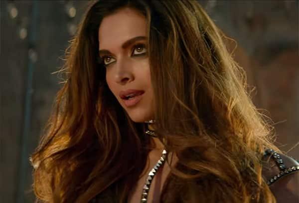 Kareena kapoor saif ali khan sex scene - 2 2
