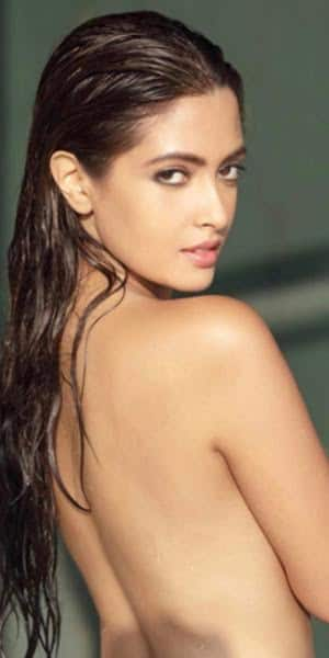 Riya Sen raises the temperature with her topless picture