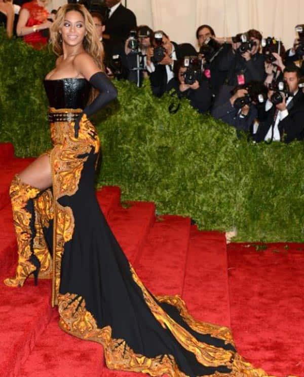 Beyonce-Givenchy-2013