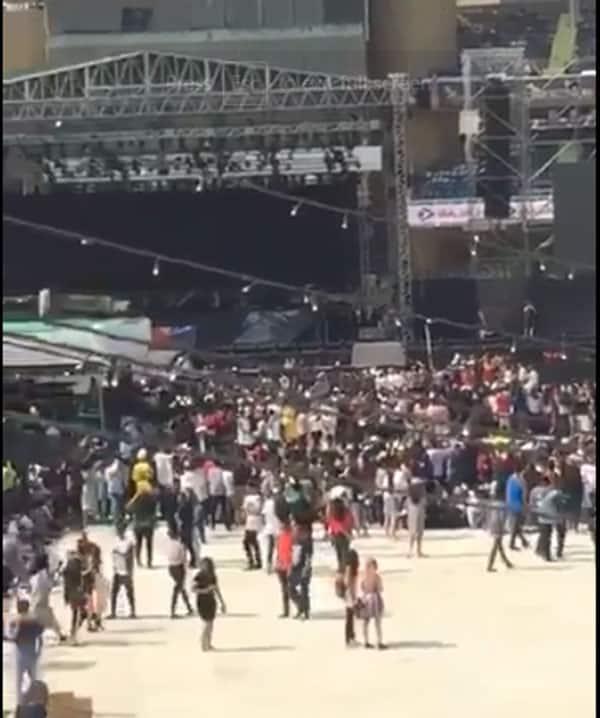 crowd-new-