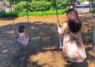 Happiness is watching Aishwarya Rai Bachchan and Aaradhya play on swings - view pic