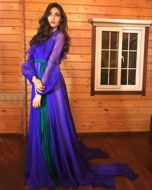 Athiya Shetty Style for Femina Women Awards 2017 (2)