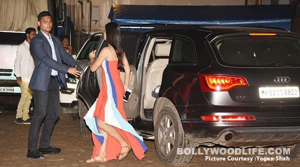 Salman Khan ditches car for autorickshaw ride home