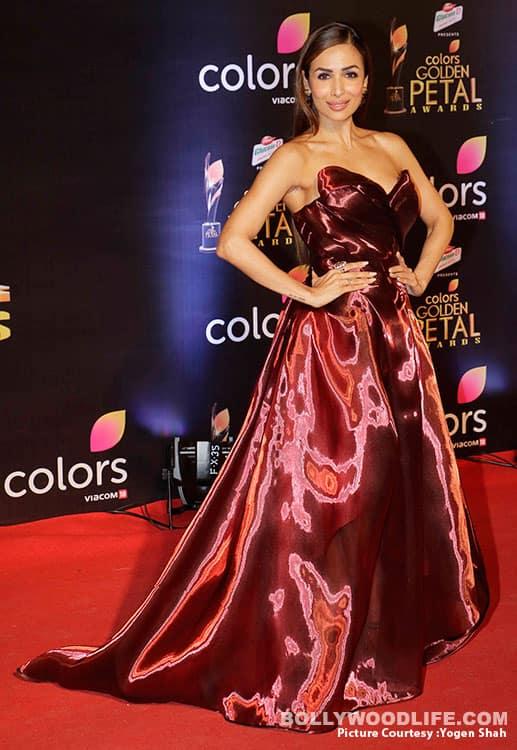 Malaika Arora Khan at Colors Golden Petal Awards 2017 (1)