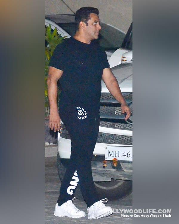 Salman Khan Promotional style for Tubelight (5)