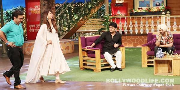 Sonam-Bajwa-teached-a-fan-how-to-ramp-walk-on-on-The-Kapil-Sharma-Show