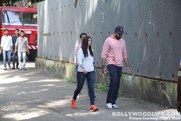 Abhishek-&-Aishwarya-Rai-Bachchan-(13)
