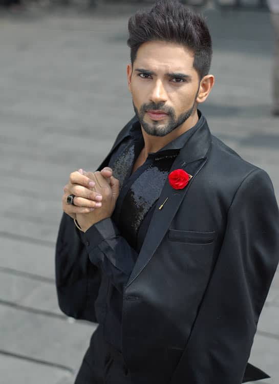 Ankit-bathla-new-in-black