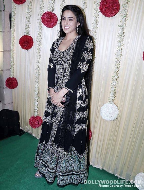 alia-bhatt-sidharth-malhotra-sonam-kapoor-,-sonakshi-etc-at-ekta-kapoor-party-at-krishna-bunglow-(1)