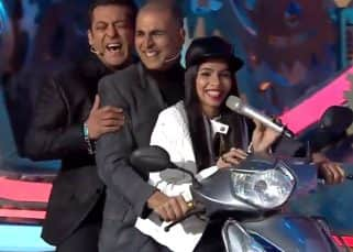 Bigg Boss 11 grand finale: Dhinchak Pooja gives Akshay Kumar and Salman Khan a ride on her Dilon Ka Shooter Scooter - watch video