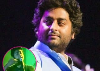 'Somebody f***ing fix this mic' says an angry Arijit Singh at a concert making Twitter go nuts over it