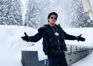 We are dying to run into Shah Rukh Khan's arms in this picture from Switzerland!
